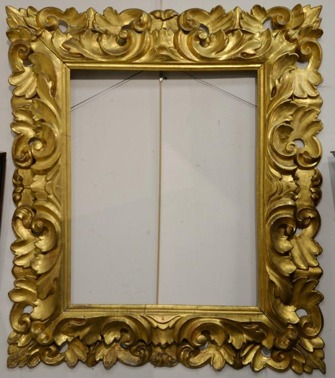 Large Rococo gilt framed mirror with carved wood and gesso. total ...