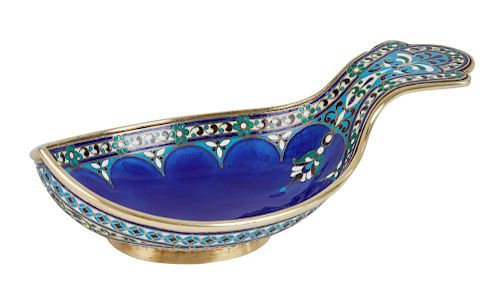 A GUILLOCHE, CLOISONNE AND CHAMPLEVE ENAMEL GILT SILVER KOVSH, ANTIP KUZMICHEV, MOSCOW, 1899-1908