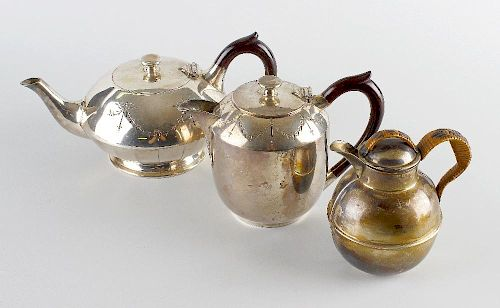 A selection of silver and silver plated items, to include a 1930's silver Guernsey milk jug with rat