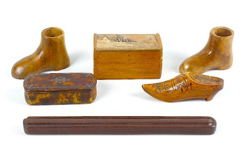A selection of assorted wooden boxes. To include three inlaid vesta cases, two snuff boxes modelled