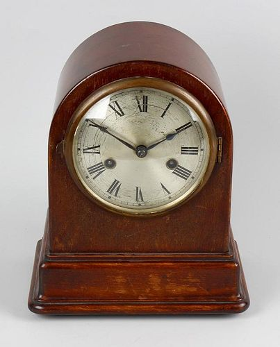 Two early 20th century mantel clocks. Comprising a mahogany example by Gustav Becker with 5 silvered