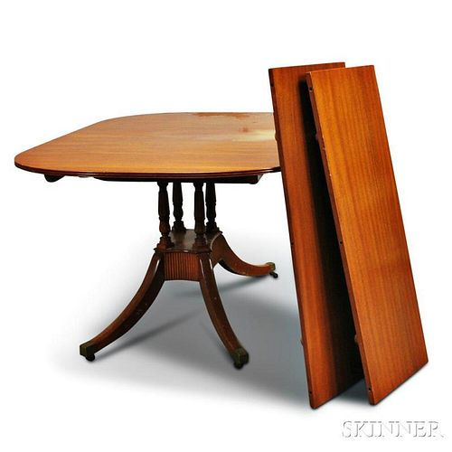 Federal-style Mahogany Dining Table