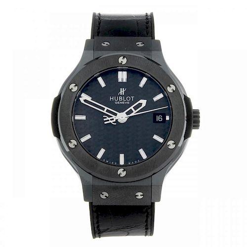 HUBLOT - a gentleman's Classic Fusion Black Magic wrist watch. Ceramic and titanium case with titani