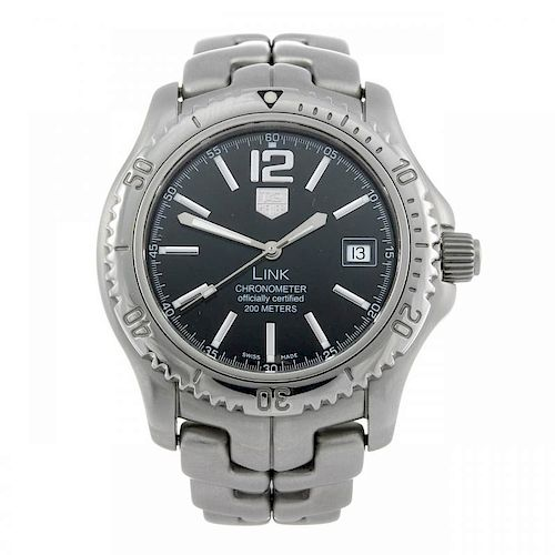 TAG HEUER - a gentleman's Link bracelet watch. Stainless steel case with calibrated bezel. Reference