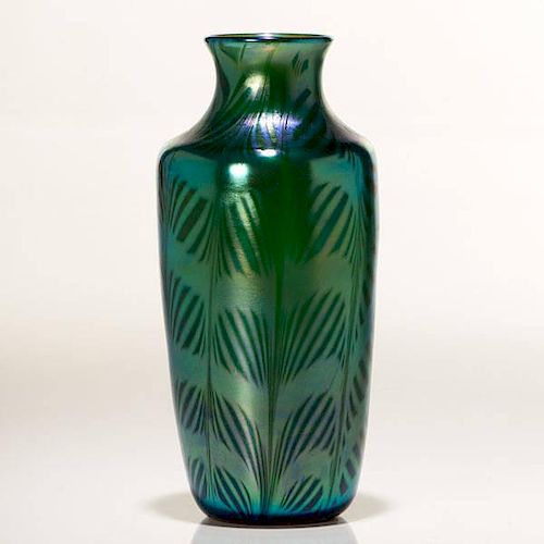 Orient & Flume Peking Green Iridescent Fishnet Vase
