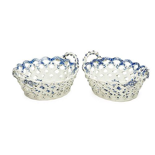 PAIR OF WORCESTER PORCELAIN RETICULATED BASKETS