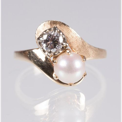 A 14kt. Yellow Gold, Diamond and Pearl Ring,