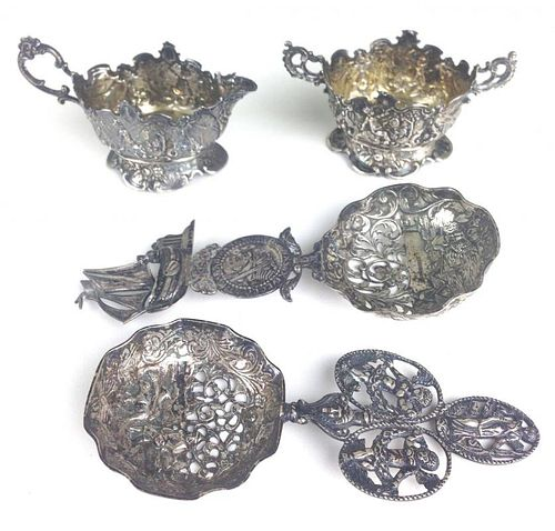 4 pc Continental silver repousse & figural openwork small creamer, sugar, & 2 spoons, 6 troy ozs