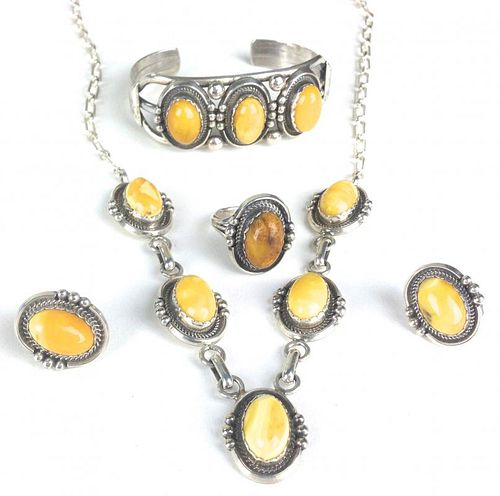 5 pc Navajo southwest sterling jewelry set having necklace, pair earrings, ring and bangle/ bracelet