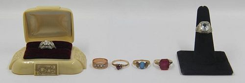 JEWELRY. Antique Gold Ring Grouping.
