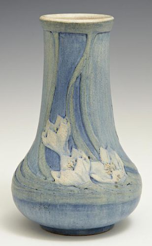 Newcomb College Matte Glaze Art Pottery Baluster V