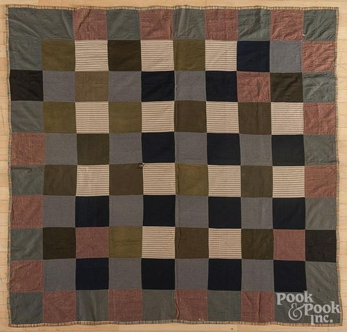 Pieced block pattern quilt, early 20th c., 63'' x 65''.