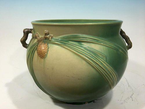 "Vintage Huge Roseville Pinecone Jardiniere. 10 1/4"" H x 13 1/2"" wide 老式的松果大花瓶,高 10.25英寸 x宽 13.5英寸"