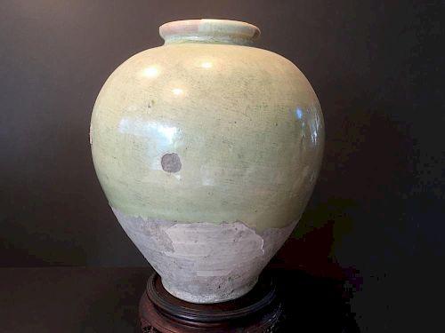 "ANTIQUE Chinese Pale green glaze Jar, TANG Dynasty, 7th-8th century. 12"" high, 9"" wide 中国古代淡绿色釉罐,唐代,7世纪-8世纪 高12英"