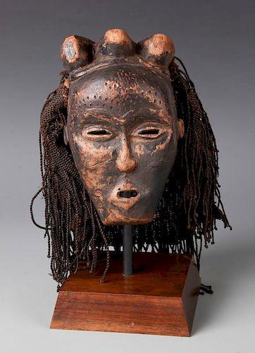 Tchokwe Mask. Gabo
