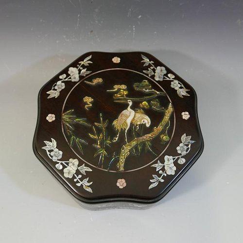 ANTIQUE CHINESE INLAID OCTAGONAL ZITAN WOOD BOX - 18/19TH CENTURY
