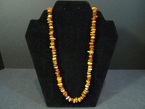 CHINESE AMBER MILA BEADS NECKLACE
