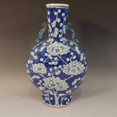 ANTIQUE CHINESE BLUE WHITE PORCELAIN VASE - KANGXI MARK 19TH CENTURY