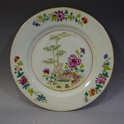 ANTIQUE CHINESE FAMILLE ROSE PORCELAIN PLATE - 18TH CENTURY