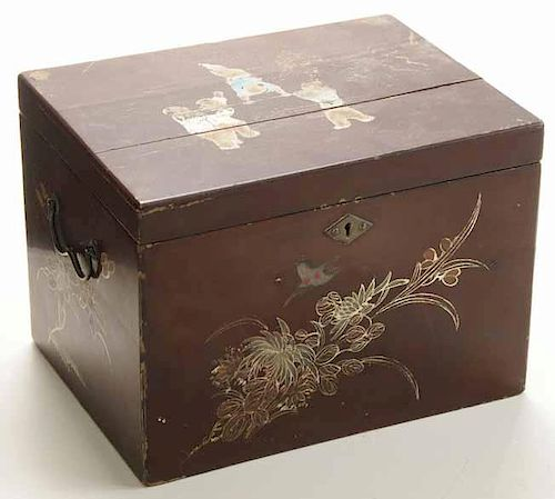 Lacquered and Gilt-Decorated Box