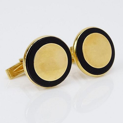 Pair of Vintage 14 Karat Yellow Gold and Black Onyx Cufflinks