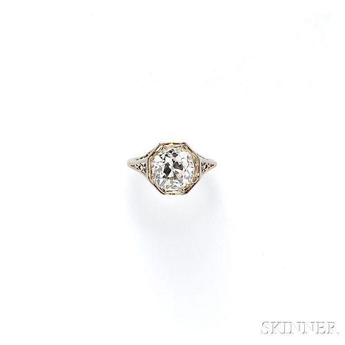 Art Deco Diamond Solitaire
