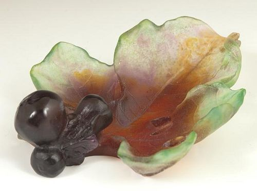 Daum Pate de Verre Fig Leaf Bowl, 20th c., the und
