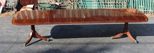 Hickory White banded mahogany double pedestal table