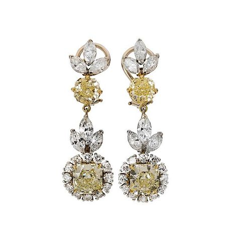 EXCEPTIONAL YELLOW & COLORLESS DIAMOND EARRINGS