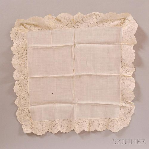 Early Lace Table Cover