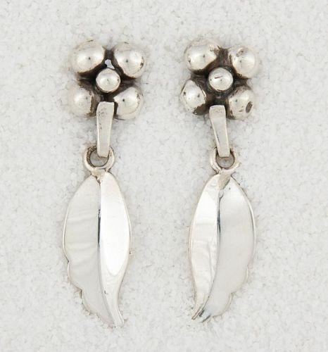 LaPaglia Silver Drop Earrings Marked Sterling 219
