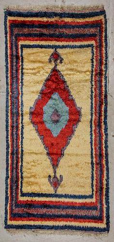 Vintage Turkish Tulu Rug: 4'6'' x 9'11'', 137 x 302 cm