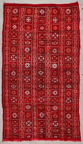 """Vintage Moroccan Rug: 5'3"""" x 9' (159 x 275 cm)"""