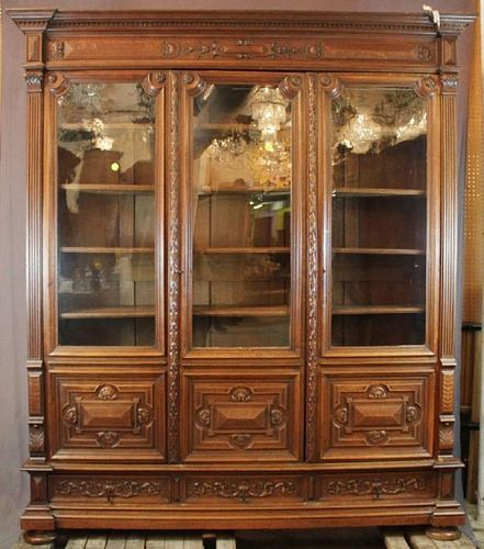 Louis XIII 3 door bookcase in oak