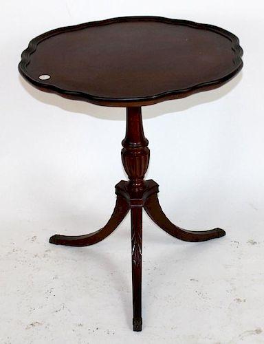 Mahogany Mersman pedestal base side table