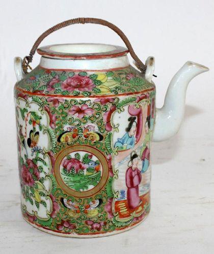 Chinese porcelain rose medallion tea pot