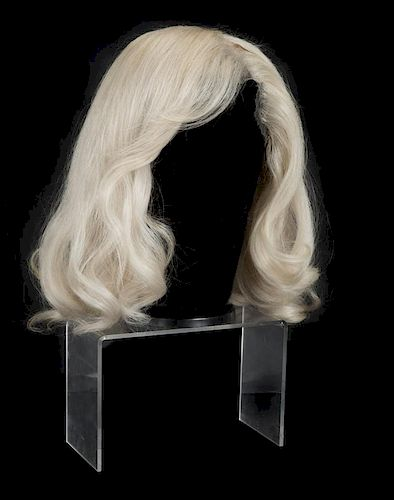 MARILYN MONROE THE MISFITS WIG by Julien s Auctions - 783403  5cf70db66274