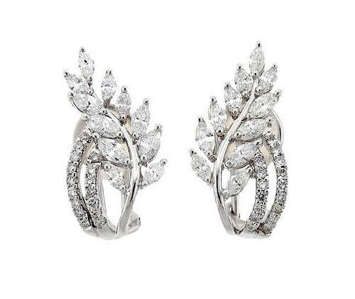 18K Gold Diamond Leaf Motif Earrings