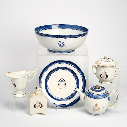 Group Chinese Export porcelain table wares