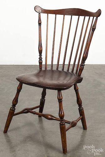 Pennsylvania Windsor chair, ca. 1800.
