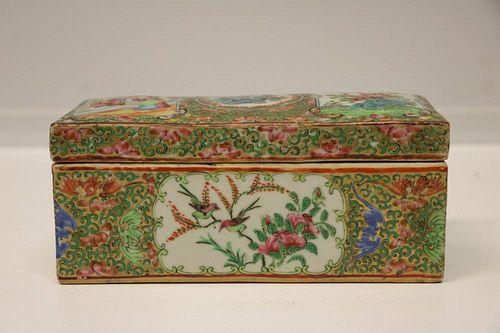 Chinese Rose Medallion Porcelain Box