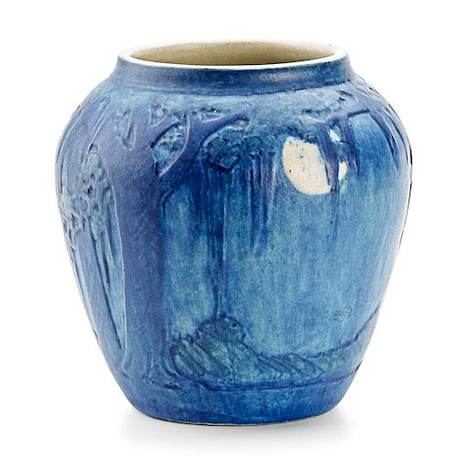 NEWCOMB COLLEGE Small scenic vase w/ full moon
