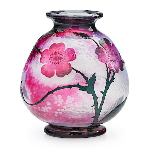 DAUM Cameo glass vase with roses