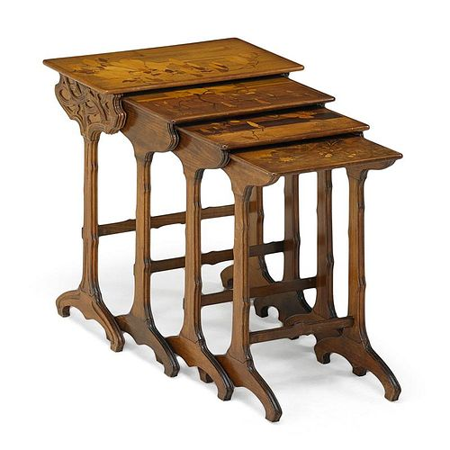 GALLE Four nesting tables