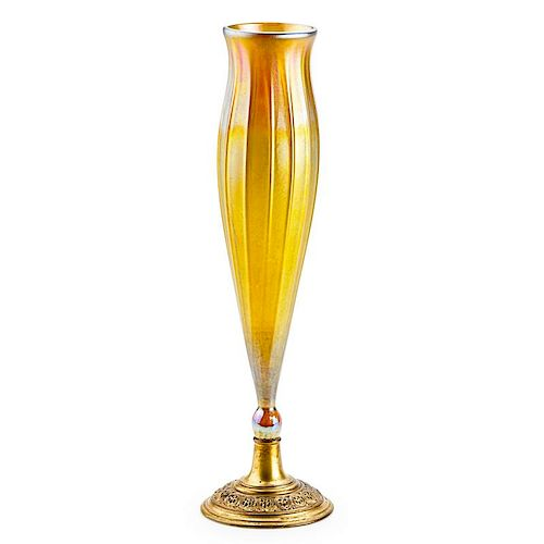 TIFFANY STUDIOS Gold Favrile glass vase