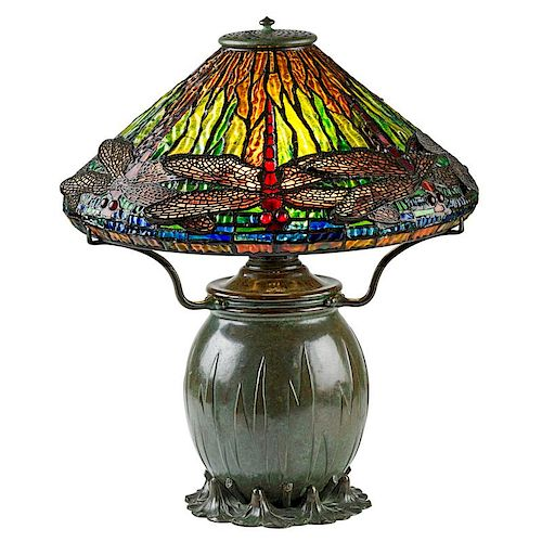 TIFFANY STUDIOS Fine Dragonfly table lamp