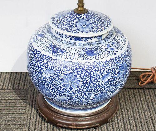 Chinese Blue & White Porcelain Lidded Jar Lamp