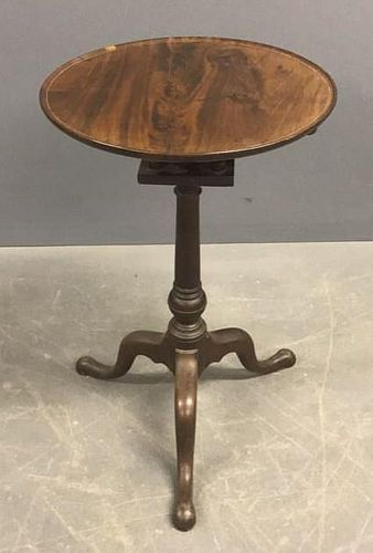 Delaware Valley Queen Anne Mahogany Candle Stand