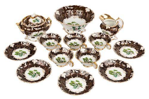 A THIRTEEN PIECE RUSSIAN PORCELAIN TEA SET, GARDNER MANUFACTORY, VERBILKI, 1840-1850