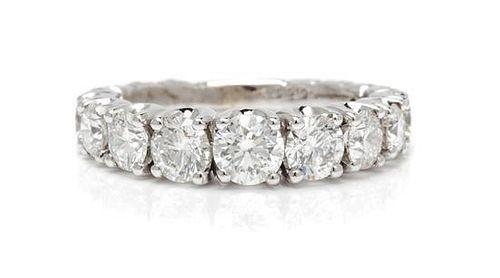 An 18 Karat White Gold and Diamond Ring, Crivelli, 3.90 dwts.